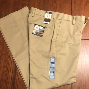 Men's Signature Fit Dockers NWT 29x30